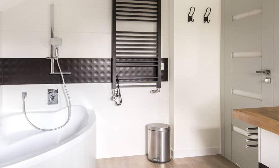 Grzałka elektryczna do grzejnika łazienkowego